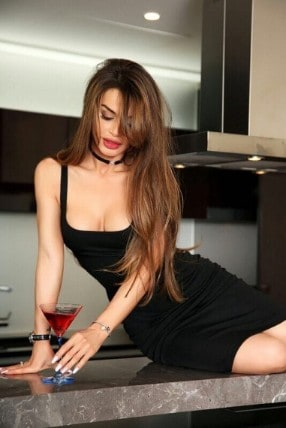 Escort Amanda in Brascote