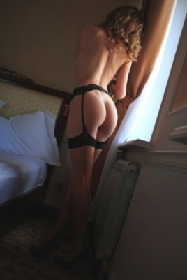 Escort Lucinda in Derry/Londonderry