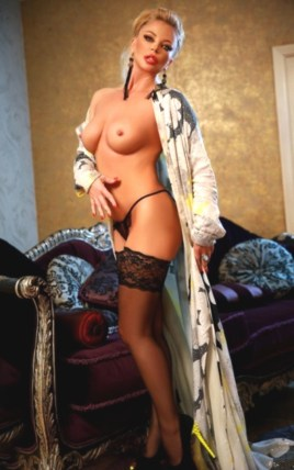 Escort Manuella in Derry/Londonderry