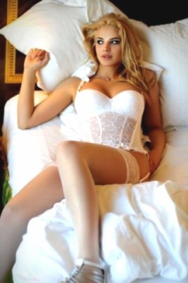 Escort Venus in Woodington